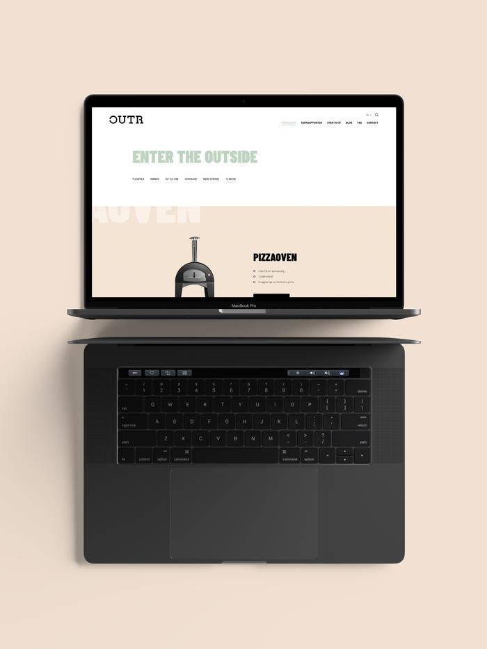 Webatvantage showcase - Project Outr - Website